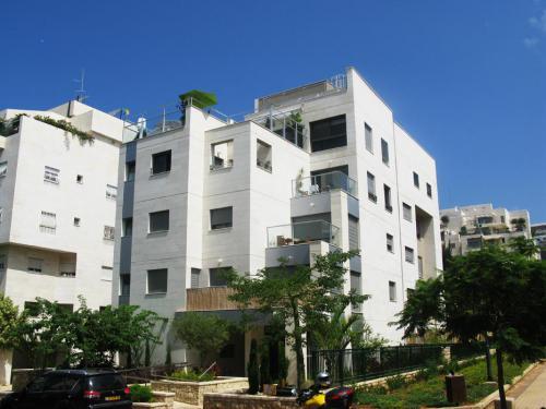 מרידור 7, תל אביב